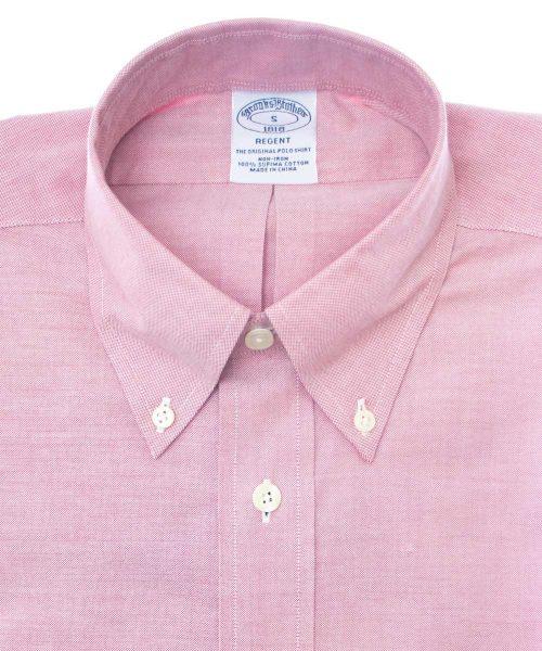 חולצה אוקספורד brooks brothers מכופתרת לגבר בצבע ורוד שרוול ארוך