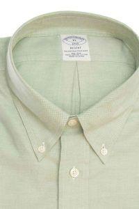 חולצת אוקספורד מכופתרת לגבר בצבע ירוק פסטל