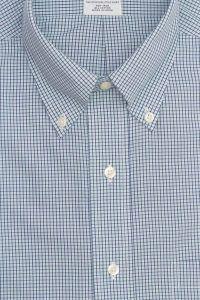 חולצה אלגנטית מכופתרת לגבר משובצת בתכלת ולבן ללא גיהוץ brooks brothers ברוקס ברדרס
