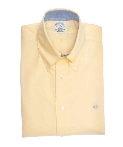 חולצת אוקספורד מכופתרת לגבר בצבע צהוב ללא גיהוץ brooks brothers ברוקס ברדרס