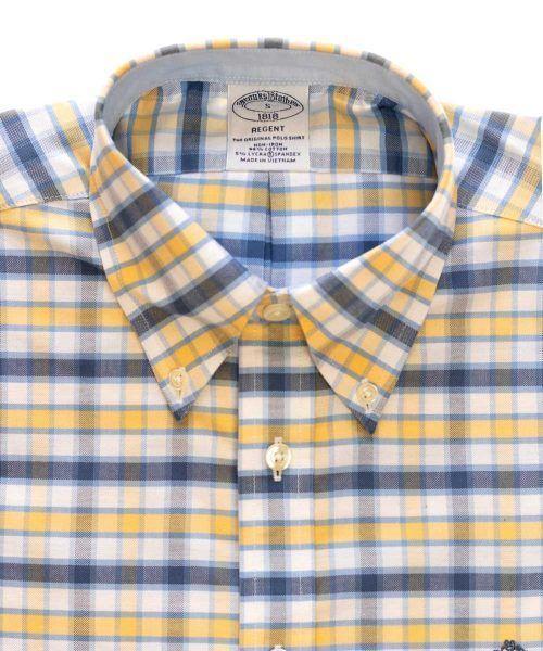 חולצת אוקספורד בצבע לבן משובצת לגבר ללא גיהוץ brooks brothers ברוקס ברדרס