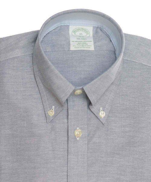 חולצת אוקספורד מכופתרת לגבר בצבע אפור ללא גיהוץ brooks brothers ברוקס ברדרס