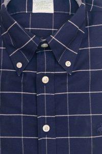 חולצה מכופתרת לגבר בצבע כחול עם שיבוץ לבן Brooks Brothers